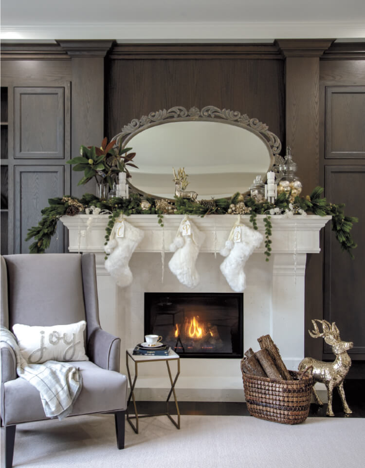 Christmas Fireplace Styling Ideas From Anna's Flowers